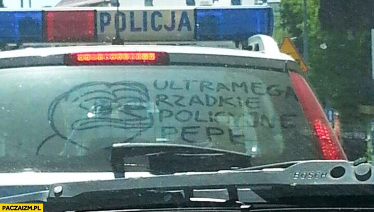 Ultra mega rzadkie policyjne Pepe żaba na radiowozie