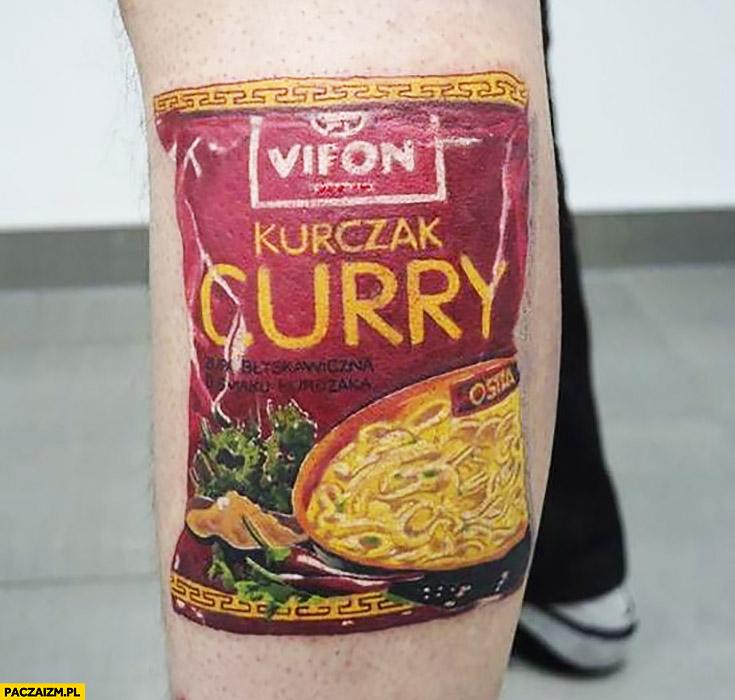 Vifon kurczak curry tatuaż dziara wytatuowane opakowanie