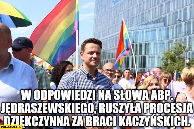 W odpowiedzi na słowa abp. Jedraszewskiego ruszyła procesja dziękczynienia za braci Kaczyńskich marsz równości parada LGBT