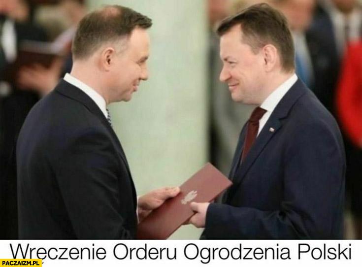 Wręczenie orderu ogrodzenia polski Duda Błaszczak