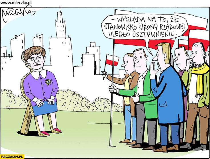 Wygląda na to, że stanowisko strony rządowej uległo usztywnieniu Beata Szydło stand manekin Mleczko