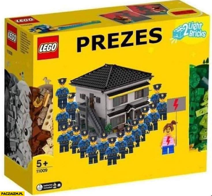 Zestaw Lego prezes Kaczyński dom strzeżony przez policję