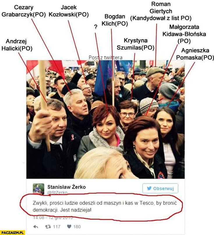 Zwykli ludzie bronią demokracji jest nadzieja posłowie po na marszu KOD